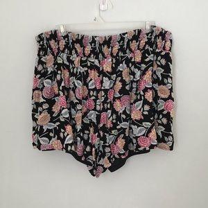 Torrid black and floral shorts size 1